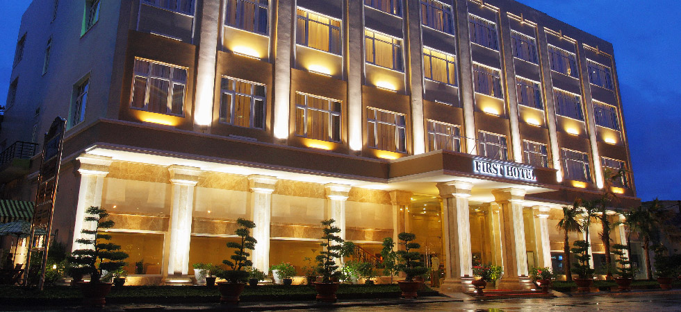 Trường STHC - First Hotel